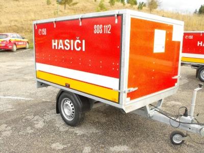 Hasičský prívesný vozík s výbavou [14.09.2015]