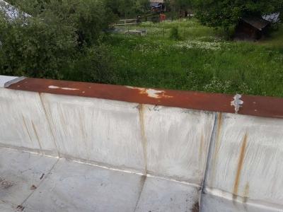 Dom smútku - maľovanie strechy [20.08.2017]