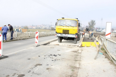 Rekonštrukcia mosta za žel. priecestím (smer žel. stanica) [15.01.2013]