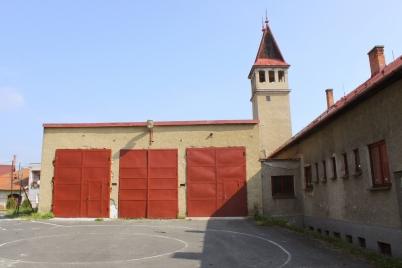 Výmena garážovej brány a zateplenie garážovej časti Hasičskej zbrojnice [18.11.2014]