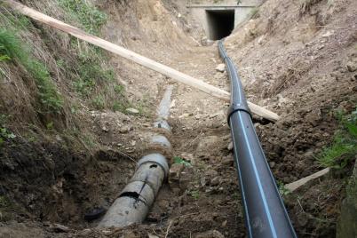 Výmena vodovodného potrubia [03.09.2015]