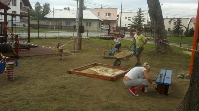 Výstavba detského ihriska v Rudoľke [05.09.2013]